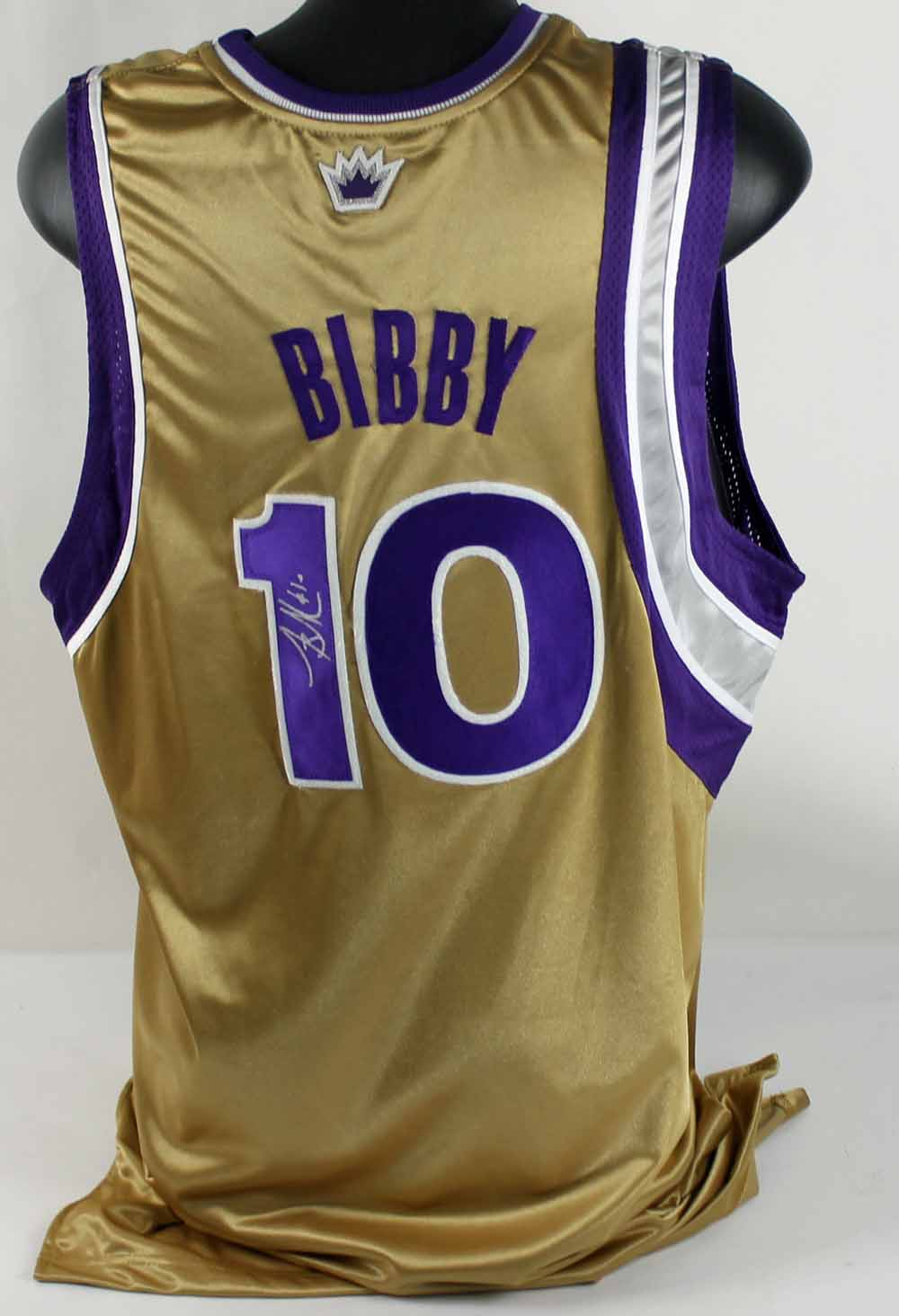 huge discount 0d3b2 18429 Lot Detail - Lot of 2 Mike Bibby Game-Used & Signed ...