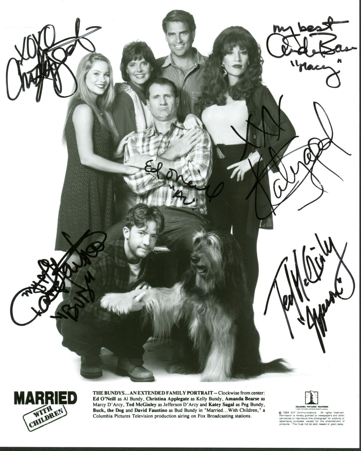 Married With Children Cast Signed 8 X 10 Promotional Photo W 5 Signatures