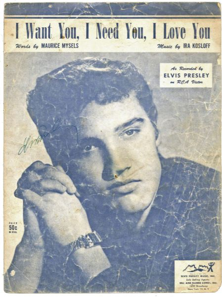 elvis presley essay Elvis presley is a name you may have head of, he was very popular and know as the king of rock'n'roll this essay is about a pop artis, pop is ecualy a short cut for popular.