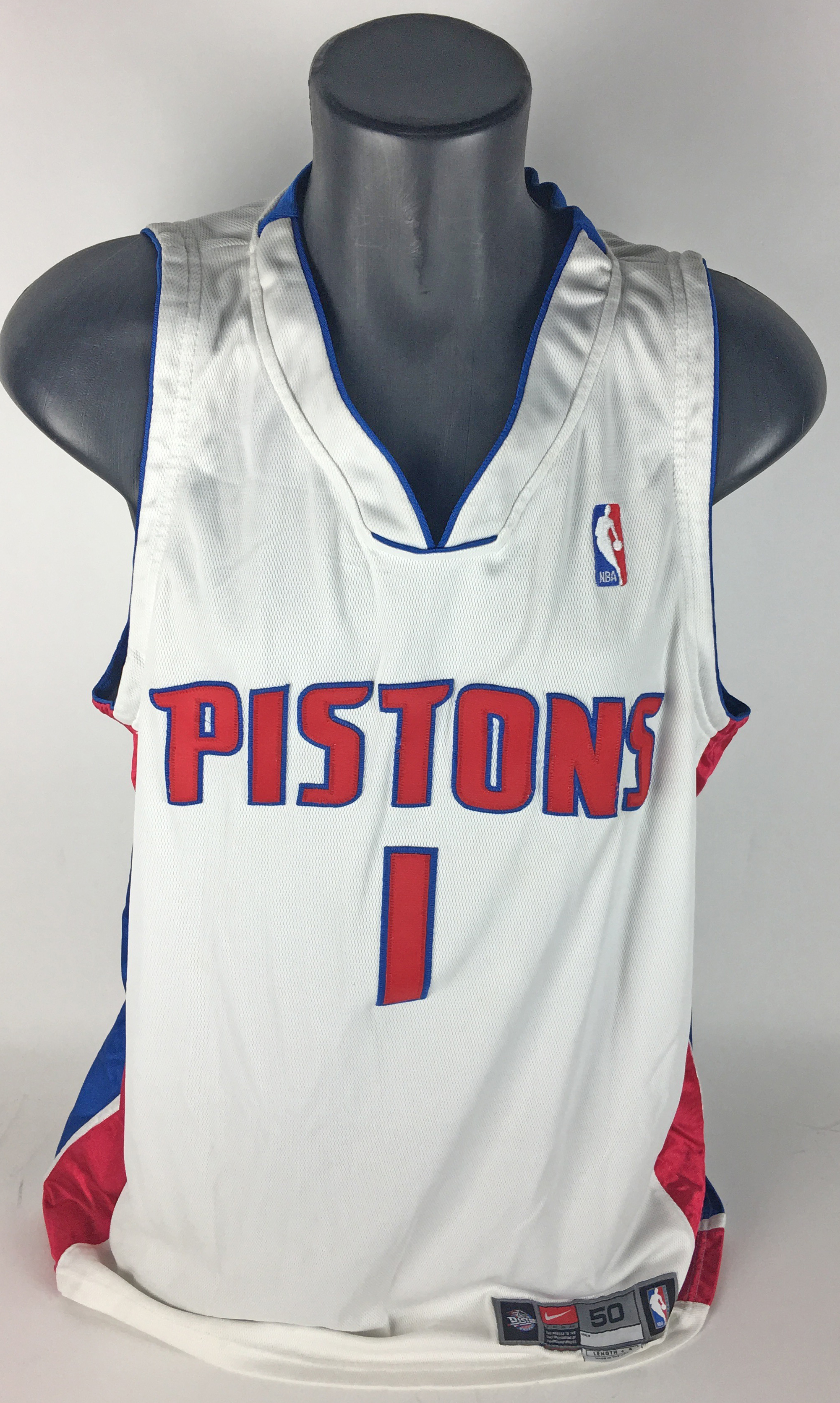 a8711d375 ... Chauncey Billups Game Used Worn   Signed 2001 02 Detroit Pistons Jersey  (Grey ...