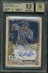 Derek Jeter Signed Ultra-Rare 2017 Topps Gypsy Queen 9.5 w/ 10 Auto!