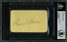 "Thurman Munson Superb Signed 2.25"" x 4"" Album Page (Beckett/BAS Encapsulated)"