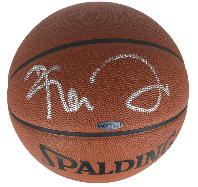 Kevin Garnett Signed NBA Basketball (Upper Deck)
