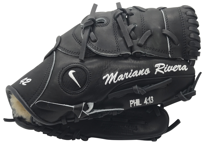 Mariano Rivera Signed Personal Model Baseball Glove (Steiner Sports)