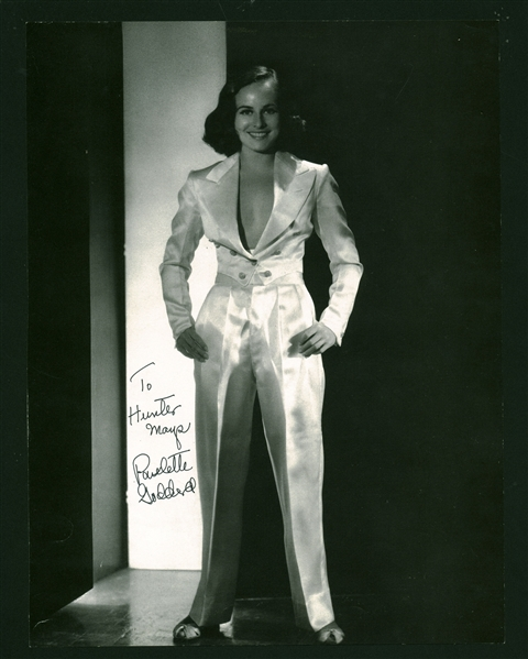 Paulette Goddard Rare Vintage Signed 9 x 12 Magazine Photograph (Beckett/BAS Guaranteed)