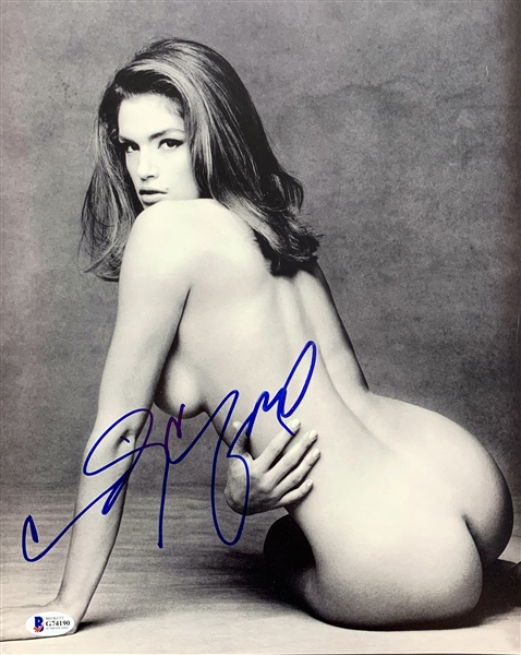 Cindy Crawford Signed 11 x 14 B&W Herb Ritts Photograph (Beckett/BAS)