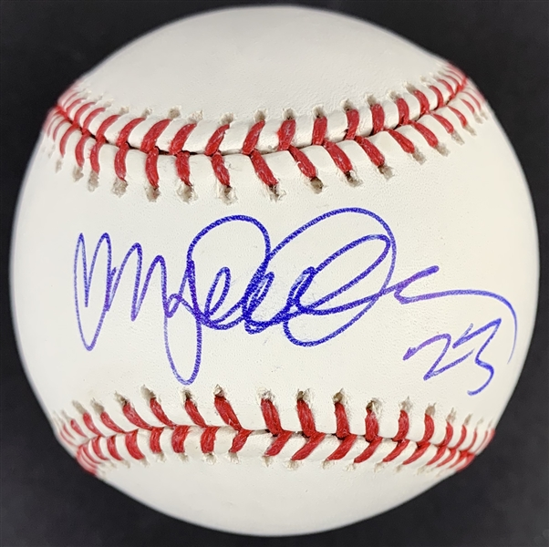 Ryne Sandberg Single Signed OML Baseball (Beckett/BAS Guaranteed)