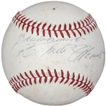 Roberto Clemente Superb Single Signed 1972 ONL Baseball (PSA/DNA)
