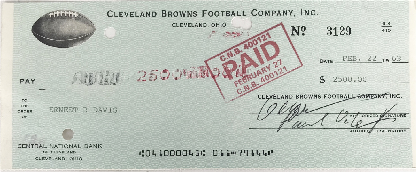 Ernie Davis Signed Cleveland Browns Paycheck (PSA/DNA)