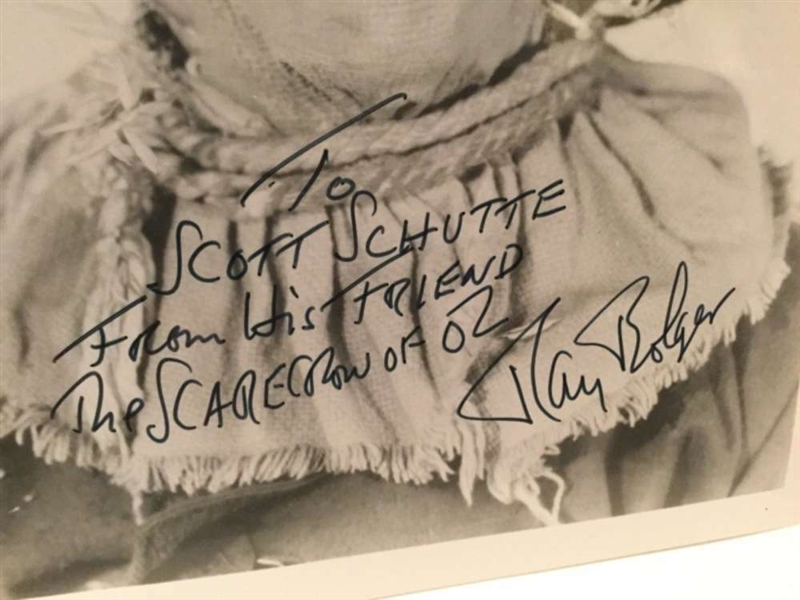 Wizard of Oz: Ray Bolger Signed 8 x 10 Photo as The Scarecrow (Beckett/BAS)