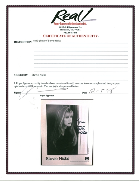 Stevie Nicks Near-Mint Signed 8 x 10Photograph (Epperson/REAL)