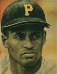 "Roberto Clemente Signed 7"" x 9.5"" Magazine Photograph (PSA/DNA & SGC)"
