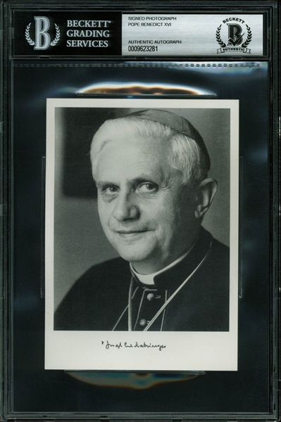 Pope Benedict XVI (Joseph Ratzinger) RARE 4 x 6 B&W Portrait Photo (BAS/Beckett Encapsulated)