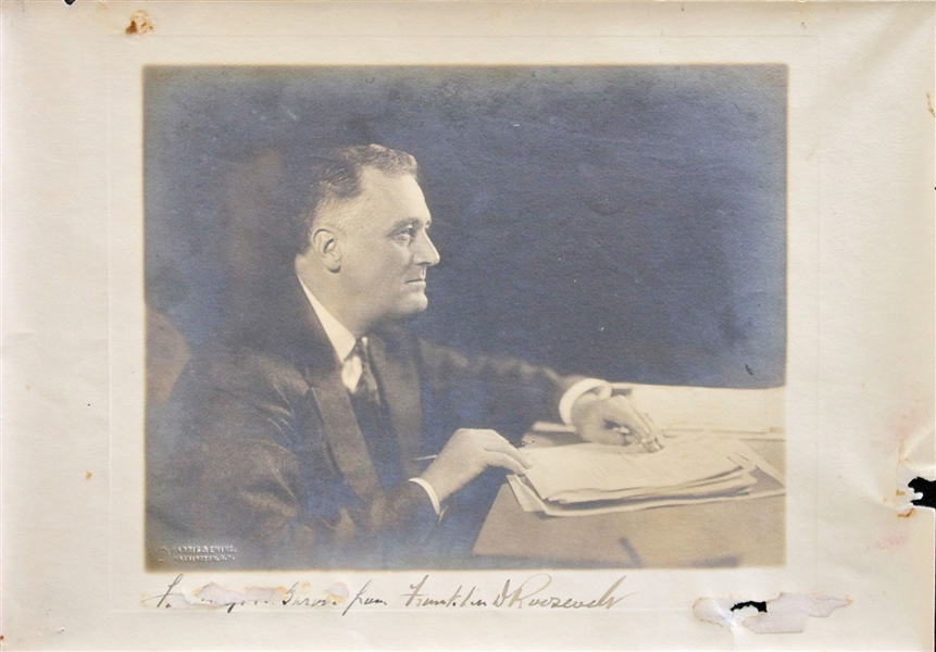 President Franklin D. Roosevelt Signed Over-Sized 10 x 13' Harris & Ewing Photograph (Beckett/BAS)