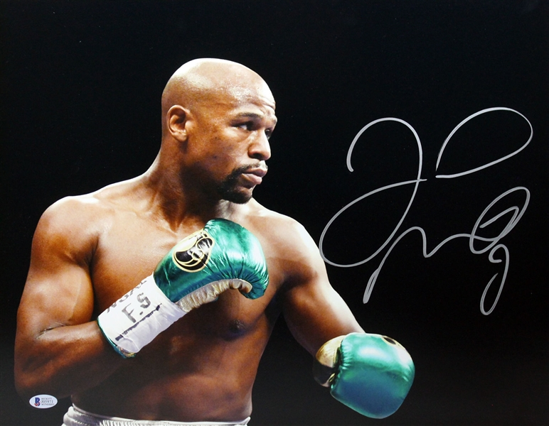 Floyd Mayweather Jr. Signed 16 x 20 Color Photo (BAS/Beckett)
