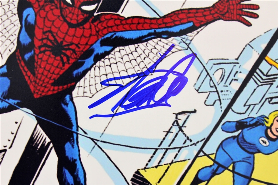 Stan Lee Signed 16 x 20 The Amazing Spider-Man #1 Comic Photograph (PSA/DNA)
