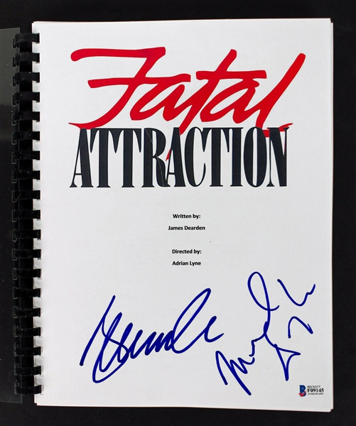 Michael Douglas & Glenn Close Dual-Signed Fatal Attraction Script (BAS/Beckett)