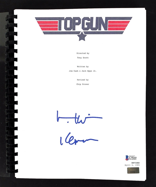 Val Kilmer Signed Top Gun Movie Script (BAS/Beckett)