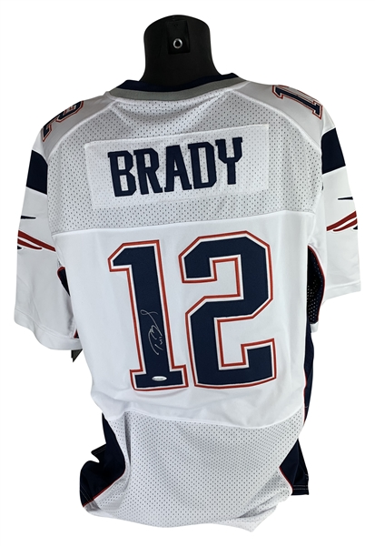 Tom Brady Signed Near-Mint NIKE New England Patriots Jersey (TriStar)