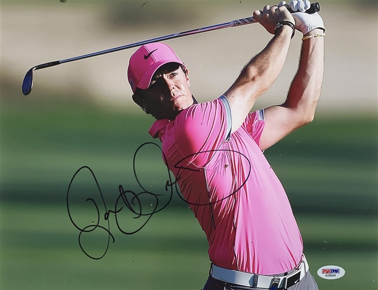 Rory McIlroy Signed 11 x 14 Color Photo (PSA/DNA)