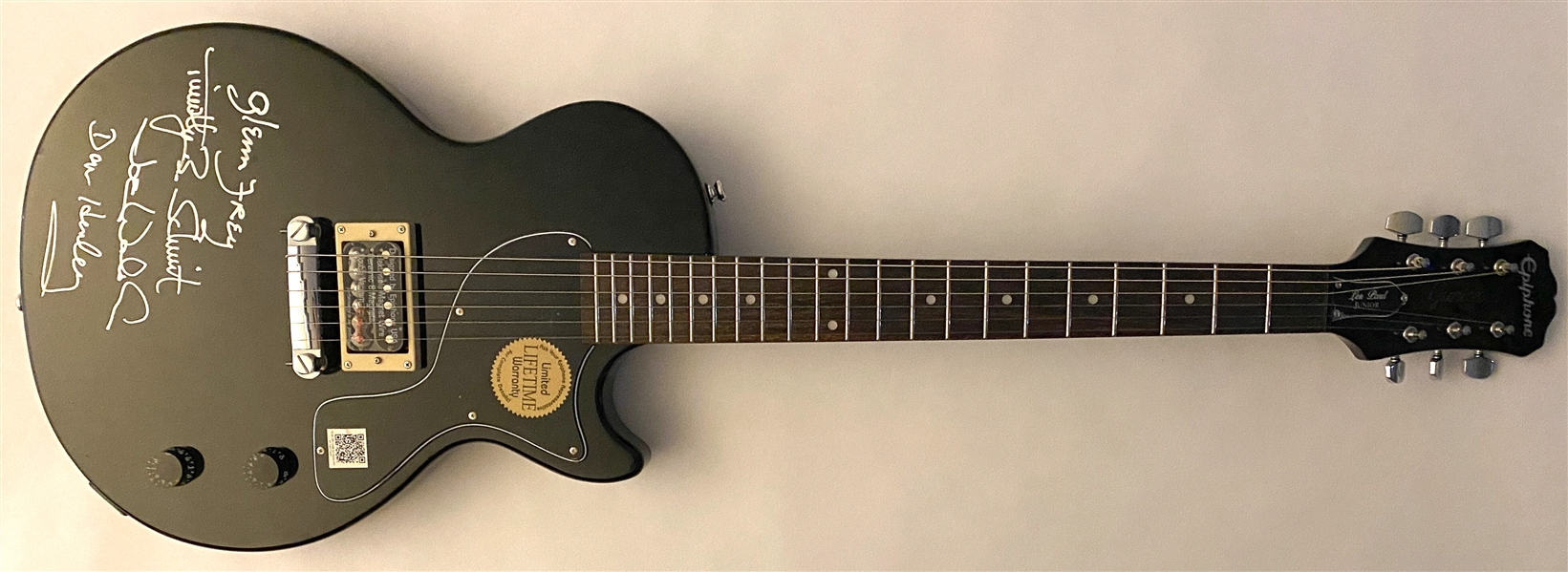 The Eagles RARE In-Person Group Signed Epiphone Les Paul Electric Guitar (4 Sigs) (Beckett/BAS Guaranteed)