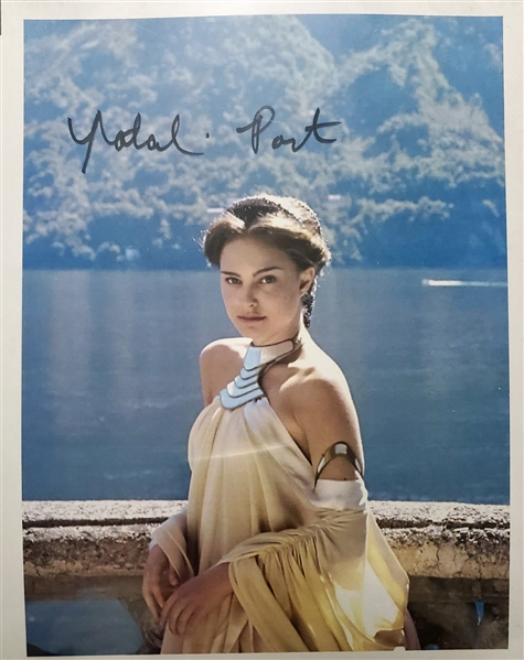 Star Wars: Natalie Portman Signed 6.25 x 9 Color Print as Queen Amidala! (#1)(Beckett/BAS Guaranteed)